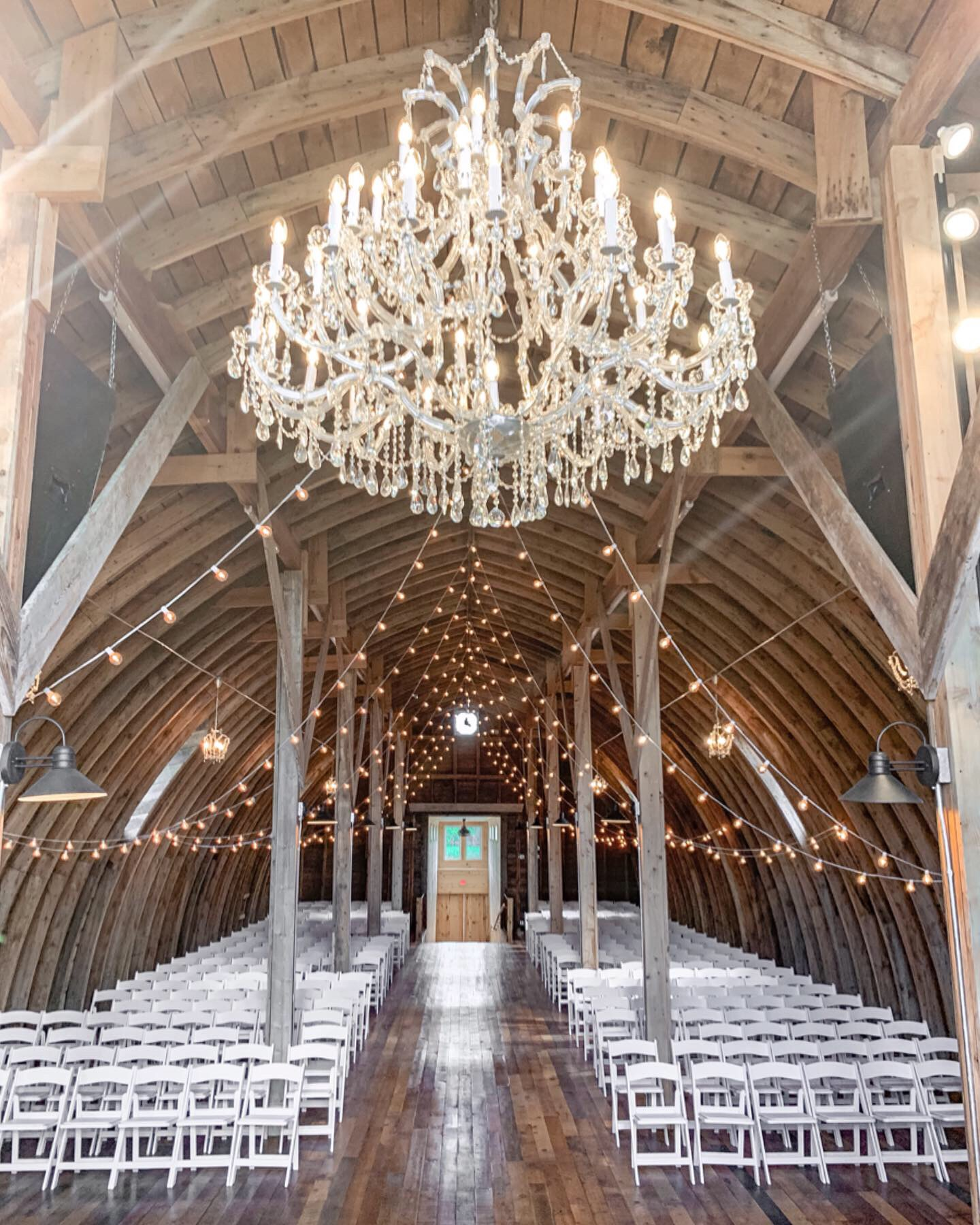 Stone Hill Farm Minnesota Barn Wedding Venue